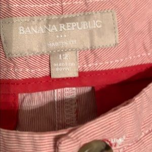 Banana Republic Shorts - Striped shorts